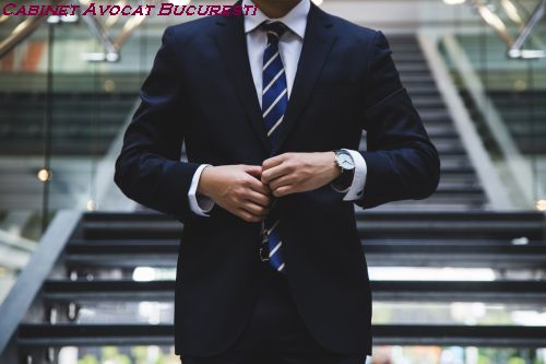 Cum angajam un avocat