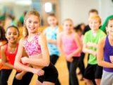 Copiii practica fitness de la varste fragede.