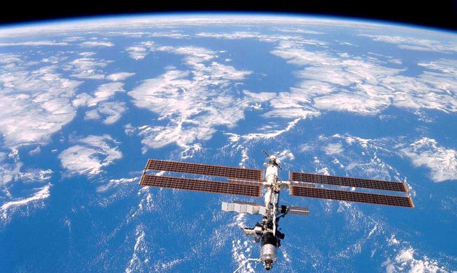 SpaceX ofera sansa vizitarii ISS